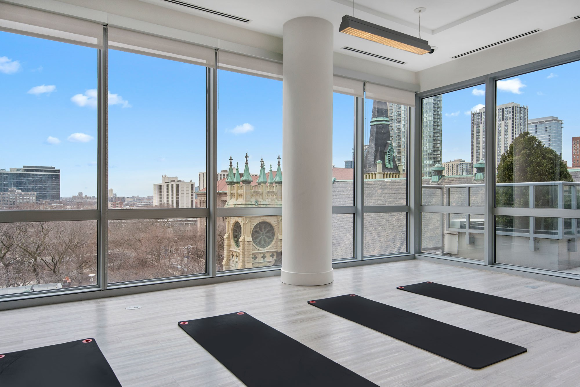 Views from the yoga room will free both body and mind.