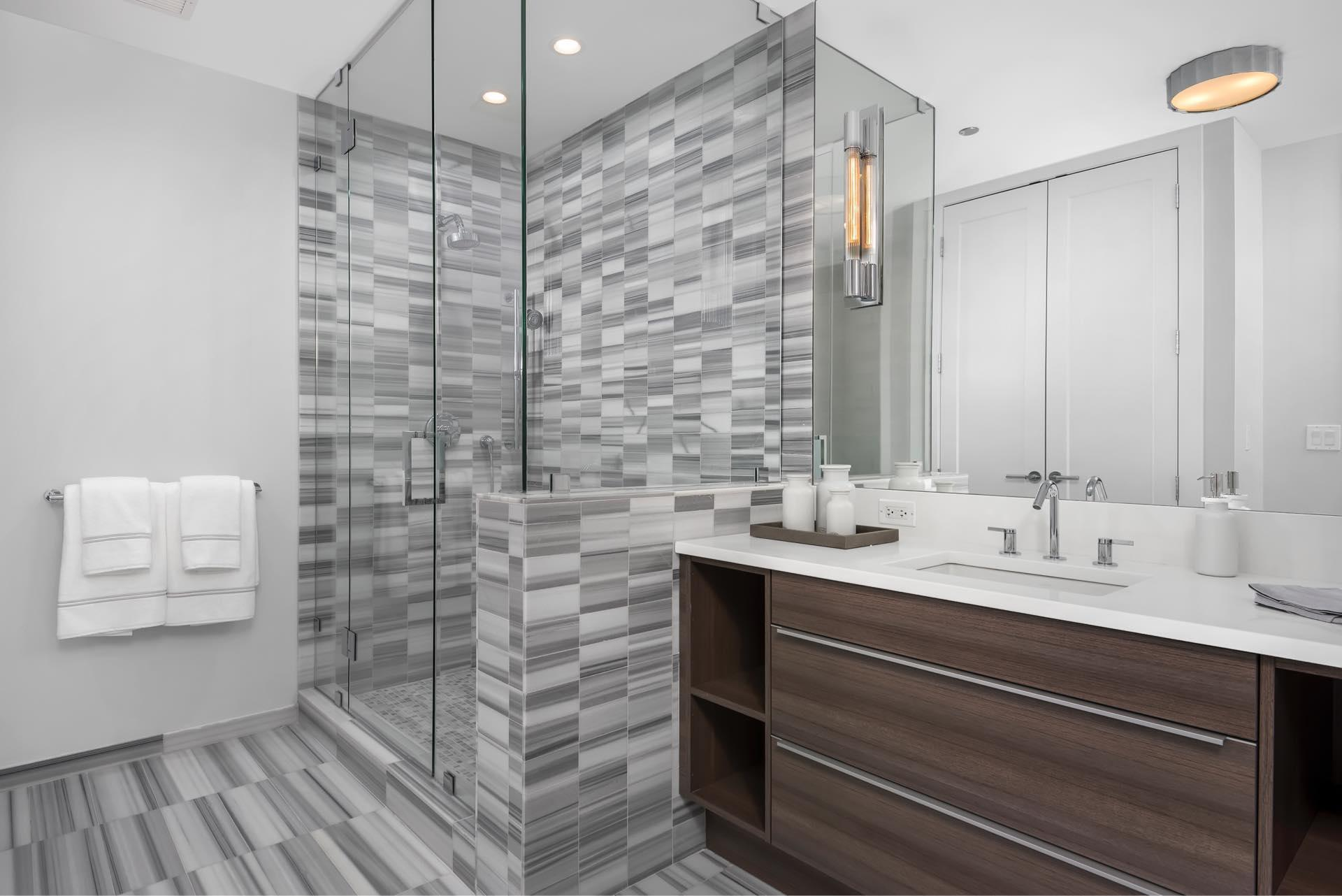 Two West Int Features Reserve Bathroom Shower Jan2017